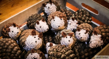 Pinecone Hedgehogs - Ideal Christmas Gifts